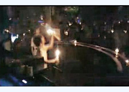 舞厅千人集体跳黑灯舞 现场不堪入目