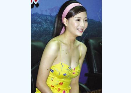 殷桃与文强床图曝光_殷桃_辛柏青_幸福像花儿一样演员表-生活资讯网