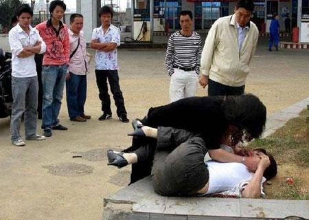 中国女生打架视频-中国女生打架视频最新资讯