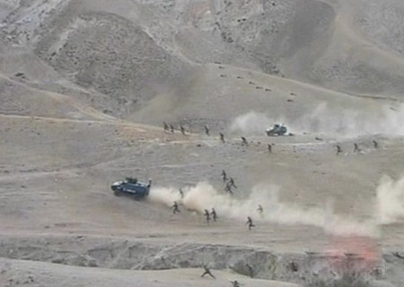 看图说事-直击新疆武警边境围剿恐怖分子-搜狐